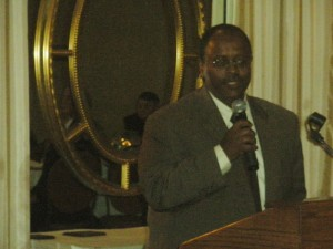 Reginald Scott Receives Above and Beyond Award from Lemay Chamber of Commerce